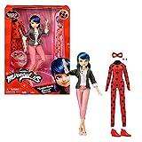 Bandai - Miraculous - Bambola con i suoi due abiti - Ladybug e Marinette - Bambola articolata da 26 cm con i suoi due abiti - P50355