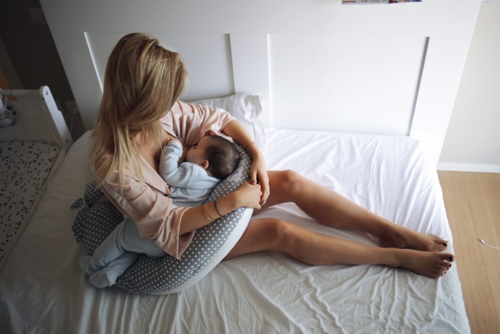 Le migliori posizioni per allattare